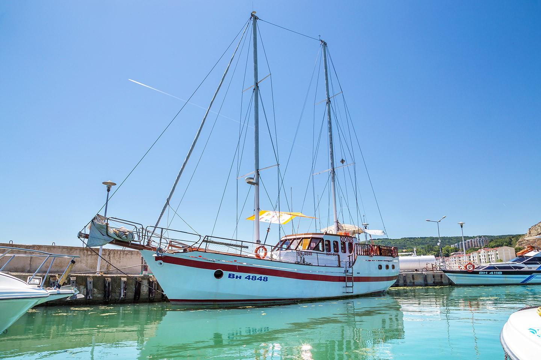 A tour on a yacht